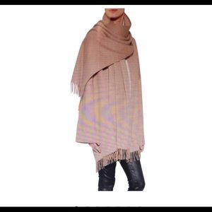 Salvador Ferragamo camel shawl cashmere  cape OS